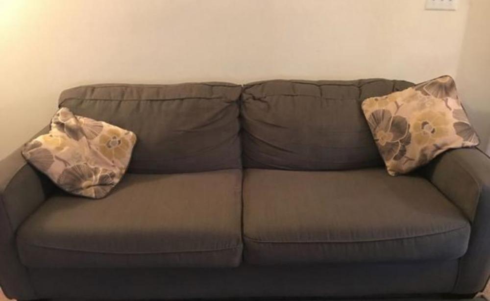Couch.jpeg_2018-11-29-4.jpeg